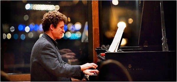 randy hodgkinson playing piano